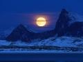 Lofoten moonrise